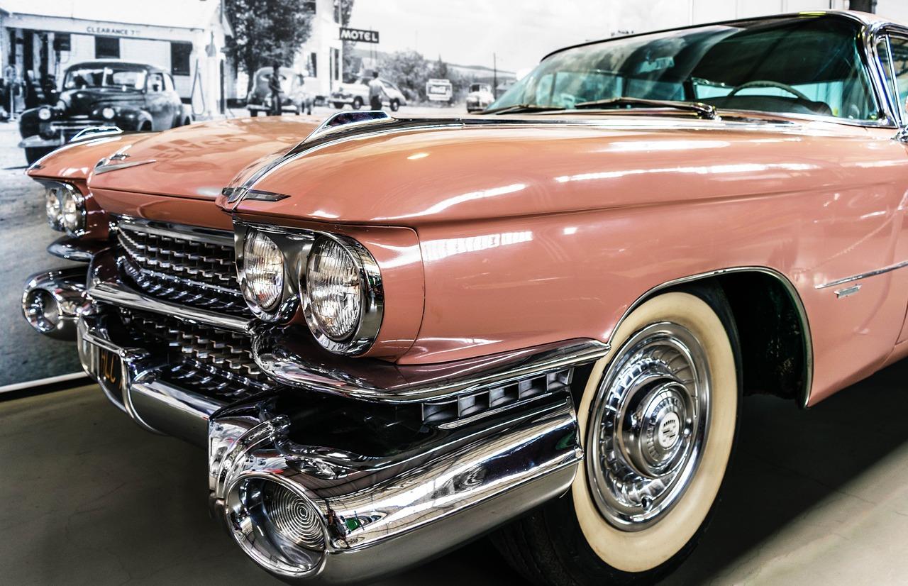 Cadillac rose de collection